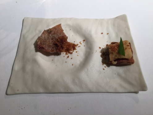 galleta estofada con ezpeleta | costilla con pan sopa