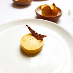 'Foie Gras' torchon with maple syrup and pain d'epice. 2004