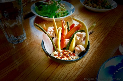 Som Pak: rice fermented vegetables with tofu sauce